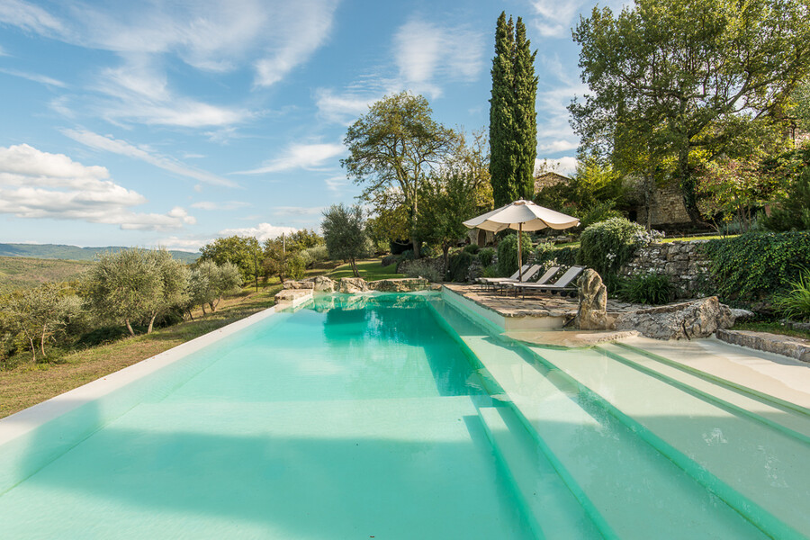 Privater Pool in der Ferienvilla Camporempoli im Chianti