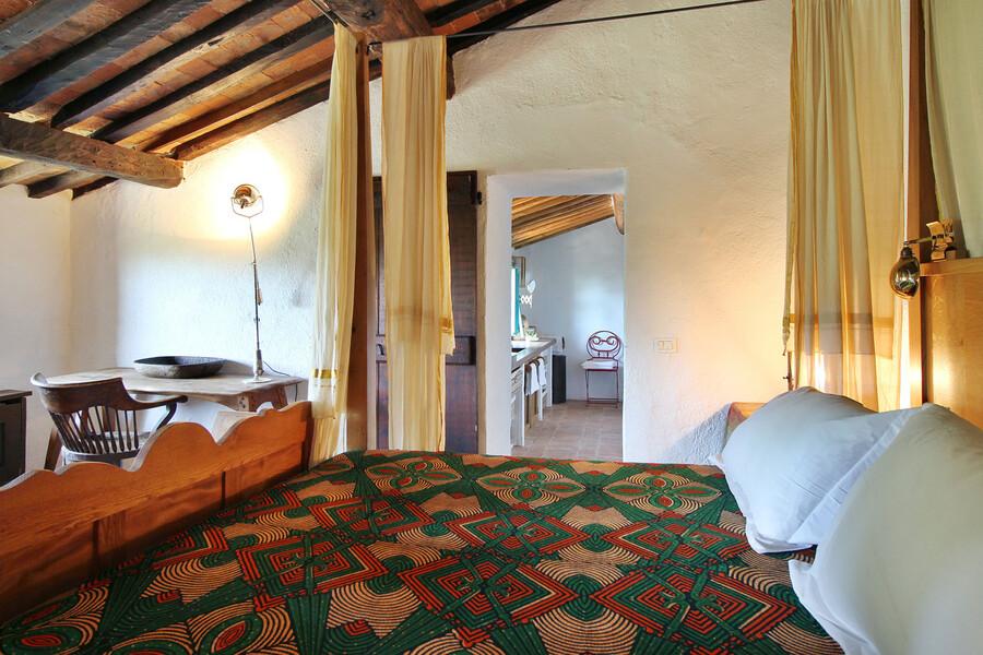 Schlafzimmer mit Charme in der Ferienvilla Macennere bei Lucca