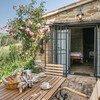 Terrasse ideal für das Frühstück in den Ferien in Italien