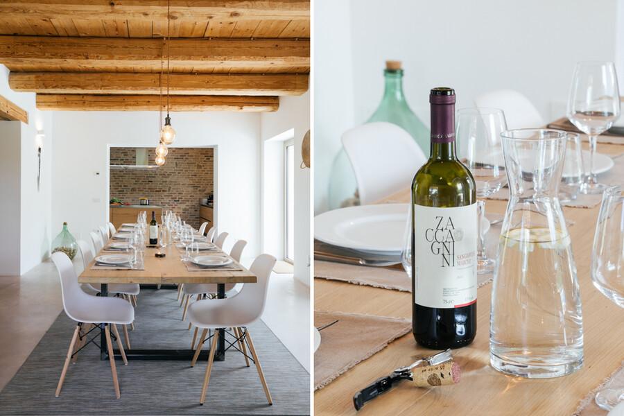 Modernes Esszimmer und Wein aus den Marken in Casa Fontegenga