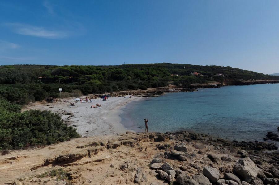 casa dei lentischi beach