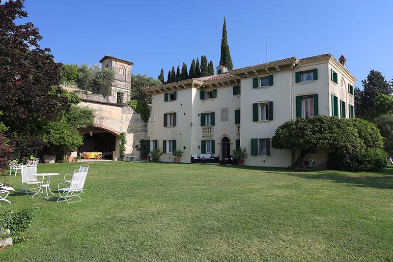 Verona Verona-and-Valpolicella Veneto-and-Venice Bella Vista gallery 002 1563806797