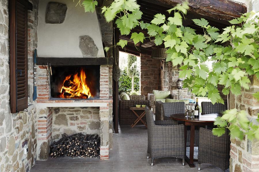 Grill auf der Terrasse des Ferienhaus Casa Il Sogno in Umbrien