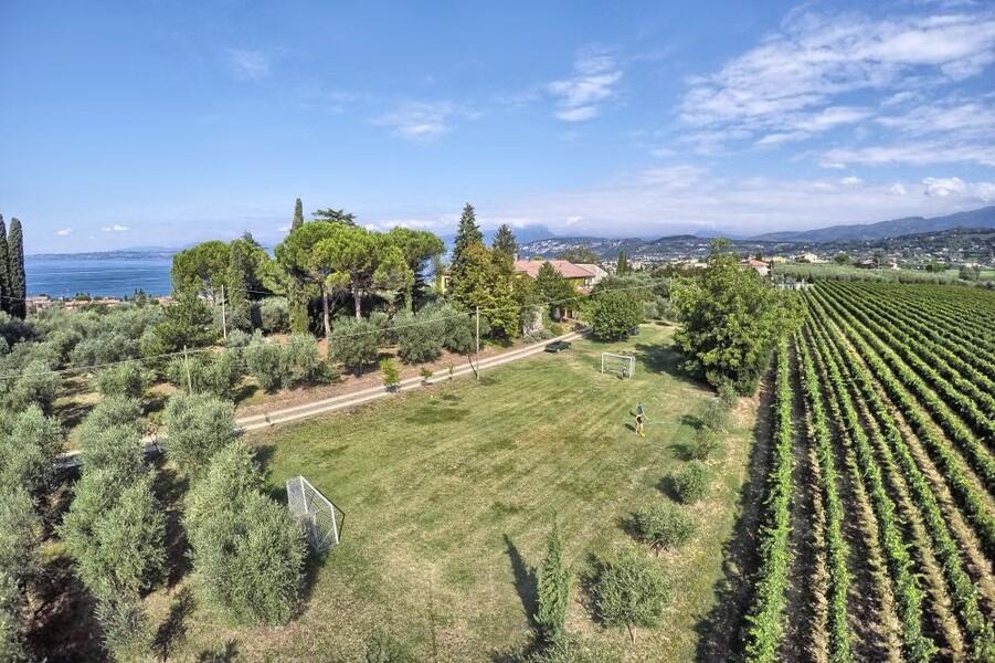 Park der Villa i Broi am Lago di Garda