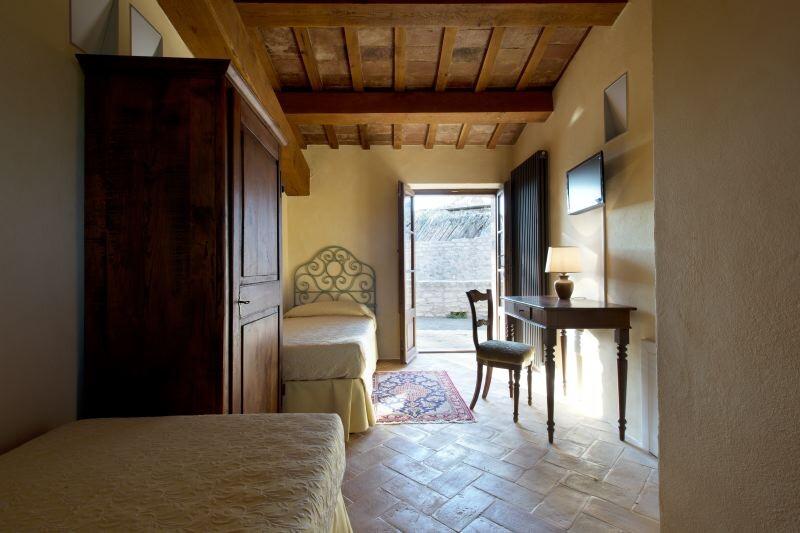 Cagli Urbino-Area Adriatic-Coast-&-The-Marches Castello di Naro gallery 027 1516438546