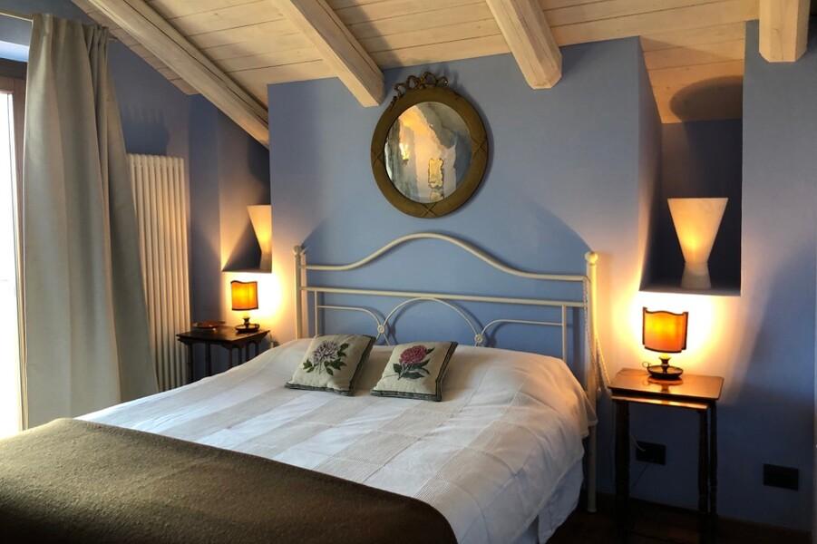 Schlafzimmer mit Charme in der Cascina Monferrato im Piemont