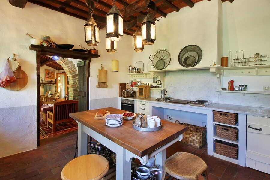 Kitchen in the country villa Macennere in Lucca in Tuscany