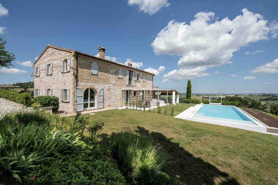 Modern holiday villa Ca Mattei in Le Marche in Italy
